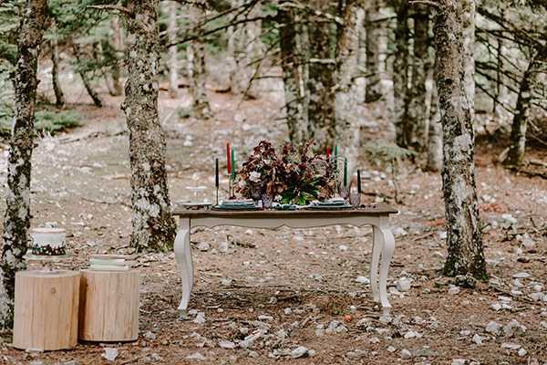 dreamy-fall-styled-shoot-woods-warm-color-tones_18