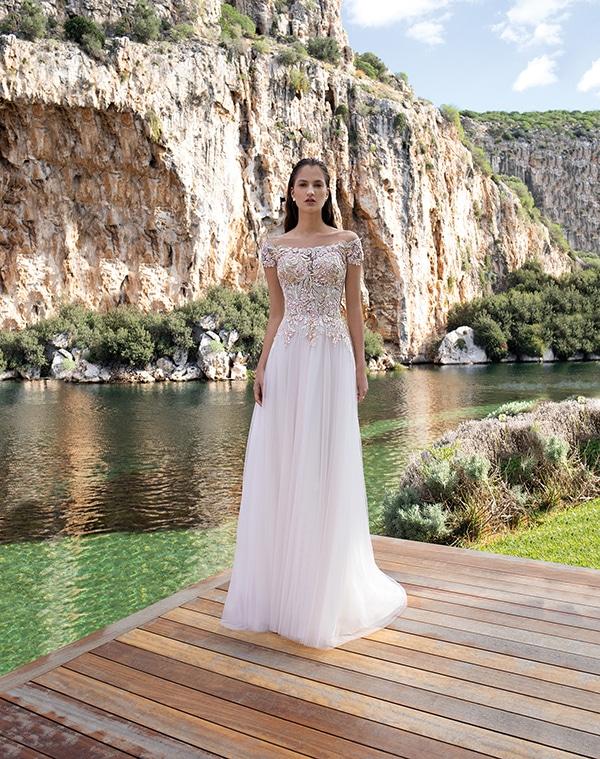 flowy-wedding-dresses-elegant-bridal-look-demetrios_04