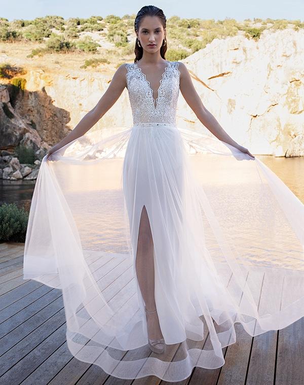 flowy-wedding-dresses-elegant-bridal-look-demetrios_06