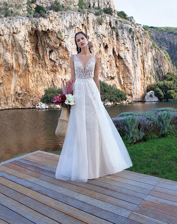 flowy-wedding-dresses-elegant-bridal-look-demetrios_09