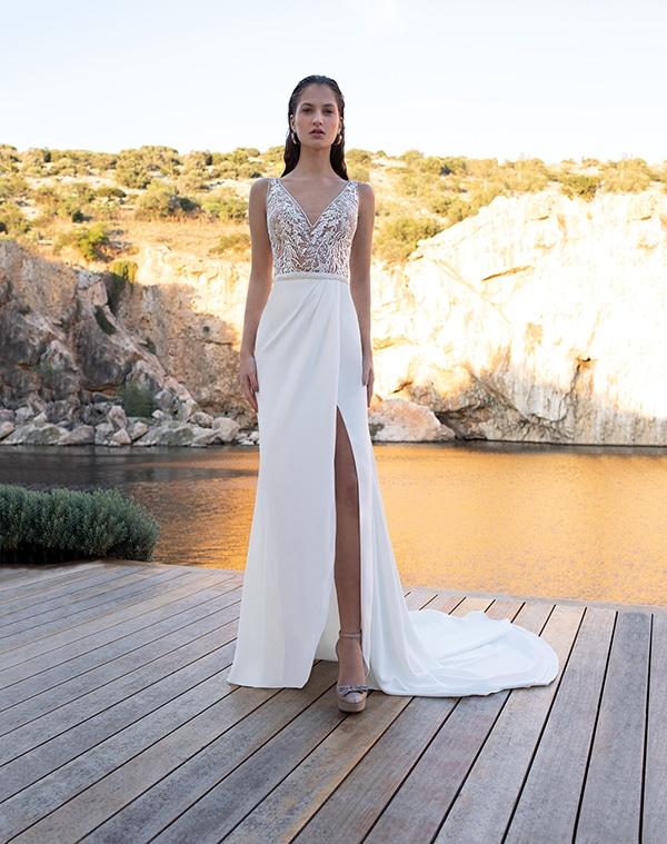flowy-wedding-dresses-elegant-bridal-look-demetrios_11