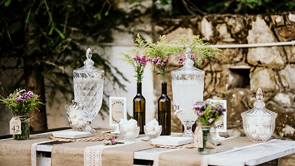 romantic-garden-wedding-ideas-decoration-many-candles-rustic-details_07