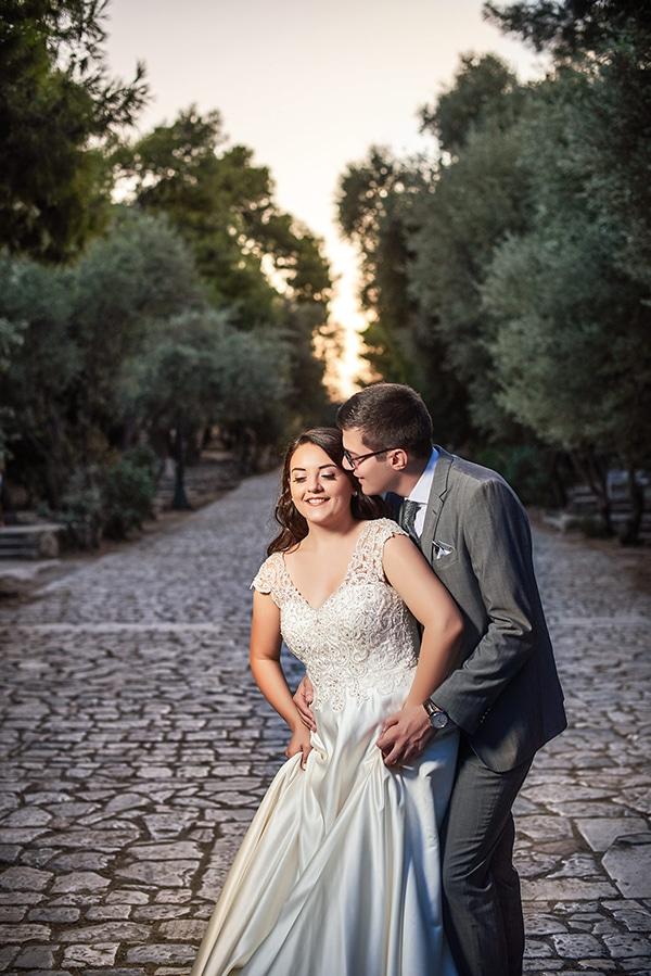 romantic-next-day-photoshoot-athens-acropolis_01