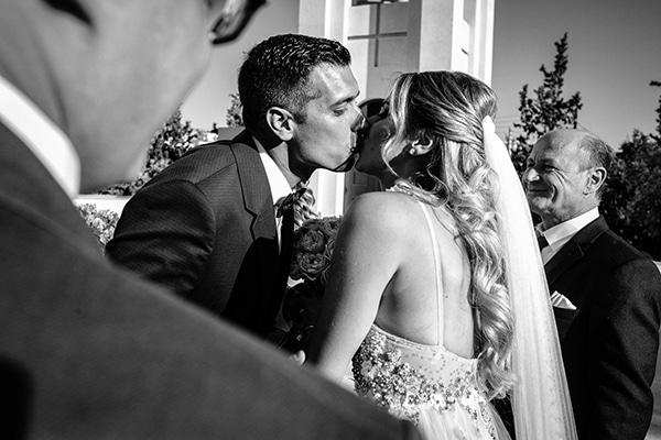 romantic-summer-wedding-athens-roses-coral-hues_08x