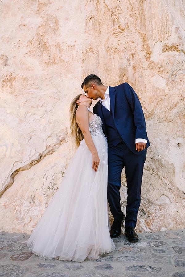 romantic-summer-wedding-athens-roses-coral-hues_14