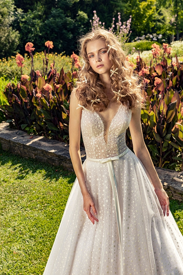 stunning-bridal-creations-stylish-romantic-bridal-look-costantino-romantica-collection-2020_01