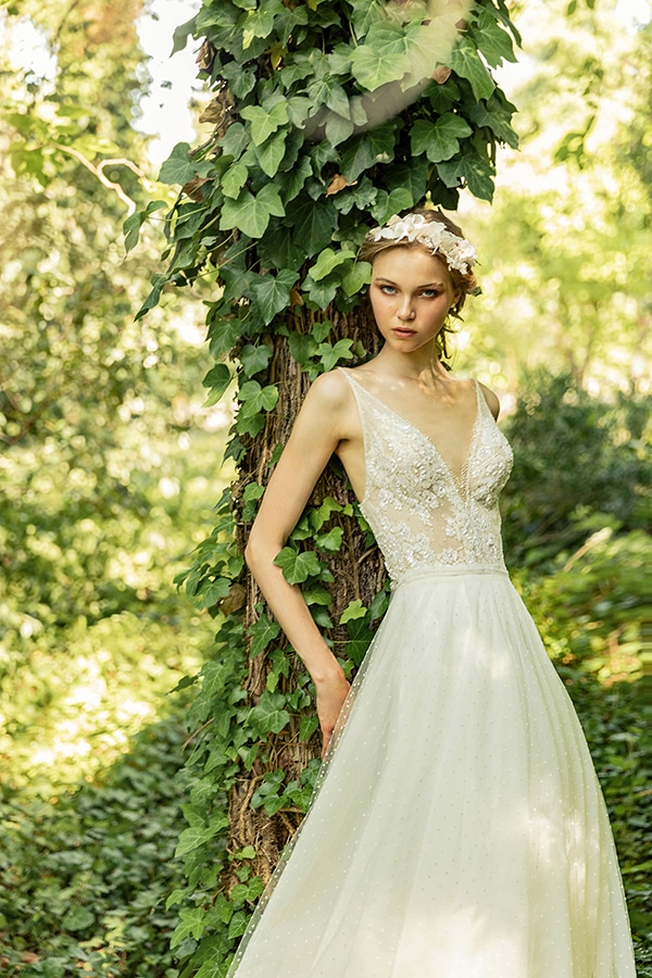 stunning-bridal-creations-stylish-romantic-bridal-look-costantino-romantica-collection-2020_06