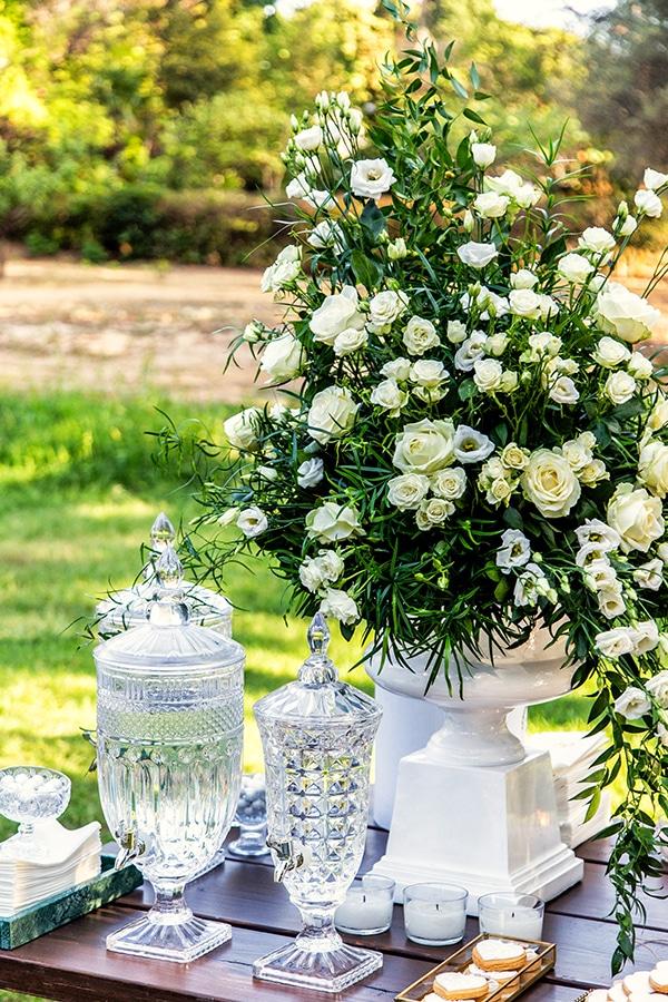 stunning-fall-wedding-thessaloniki-white-flowers_10