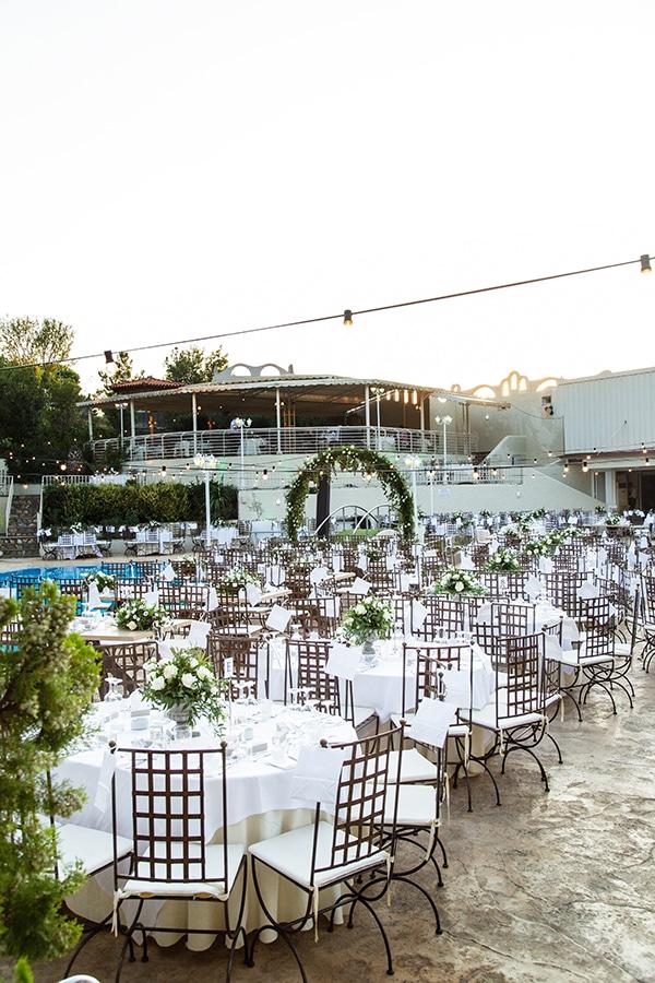 stunning-fall-wedding-thessaloniki-white-flowers_19