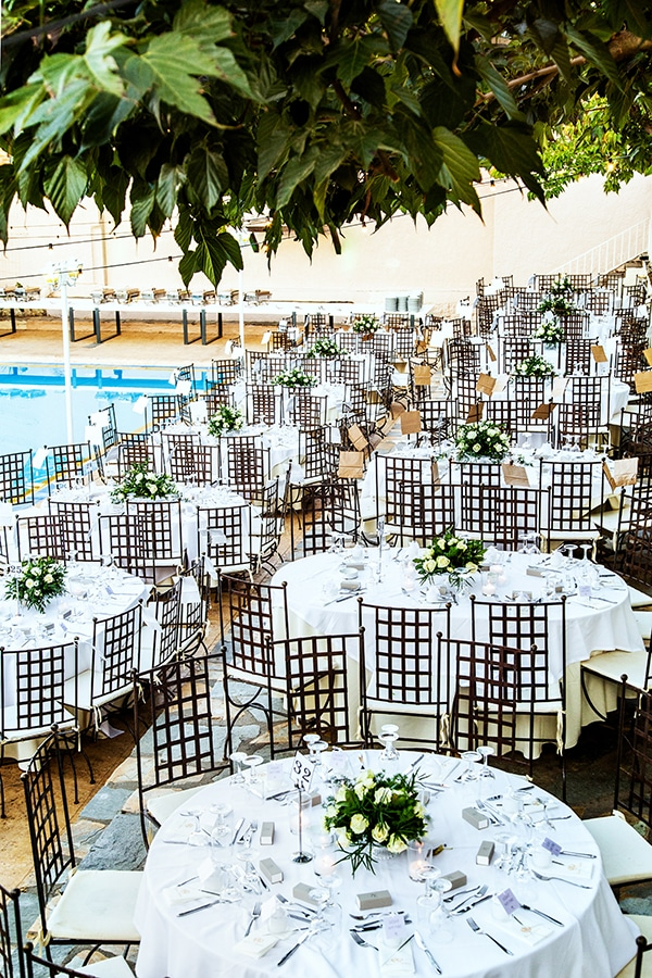 stunning-fall-wedding-thessaloniki-white-flowers_21