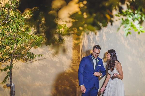 summer-beautiful-wedding-vouliagmeni-white-flowers_01
