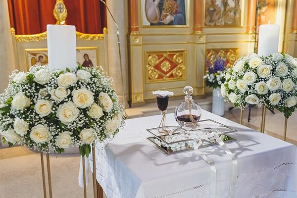 summer-beautiful-wedding-vouliagmeni-white-flowers_12