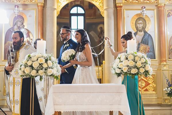 summer-beautiful-wedding-vouliagmeni-white-flowers_20