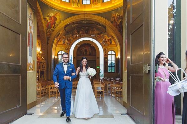 summer-beautiful-wedding-vouliagmeni-white-flowers_21