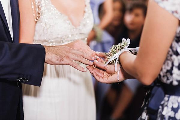 summer-wedding-laas-greenery-white-flowers_21
