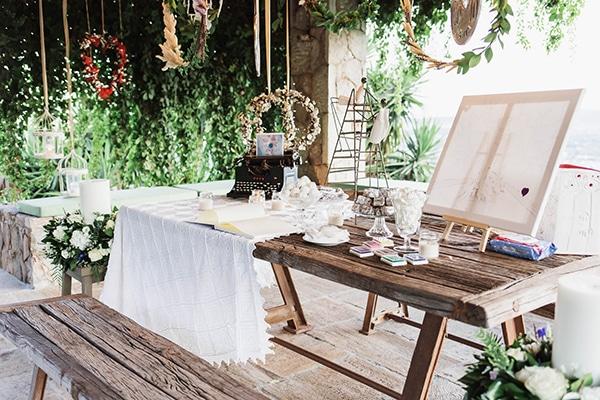 summer-wedding-laas-greenery-white-flowers_27