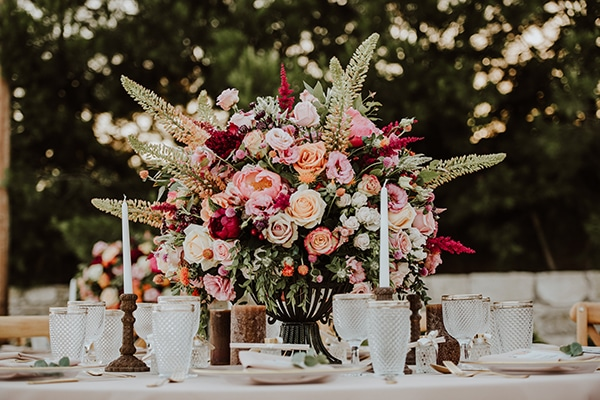 beautiful-summer-wedding-ideas-decoration-impressive-flower-design-romantic-atmosphere_01