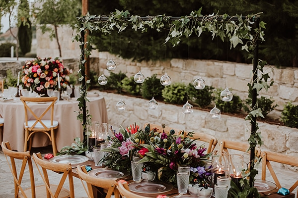 beautiful-summer-wedding-ideas-decoration-impressive-flower-design-romantic-atmosphere_03