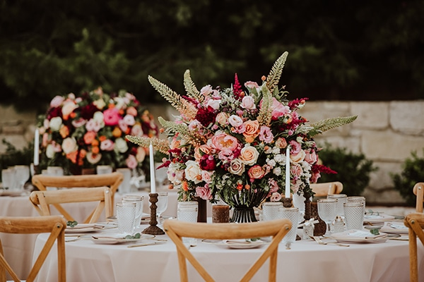 beautiful-summer-wedding-ideas-decoration-impressive-flower-design-romantic-atmosphere_05x