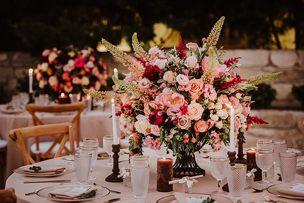 beautiful-summer-wedding-ideas-decoration-impressive-flower-design-romantic-atmosphere_10x