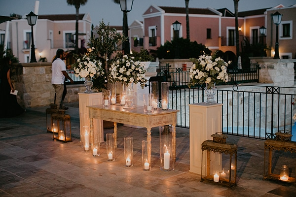 beautiful-summer-wedding-paphos-lush-flower-design-romantic-details_18x