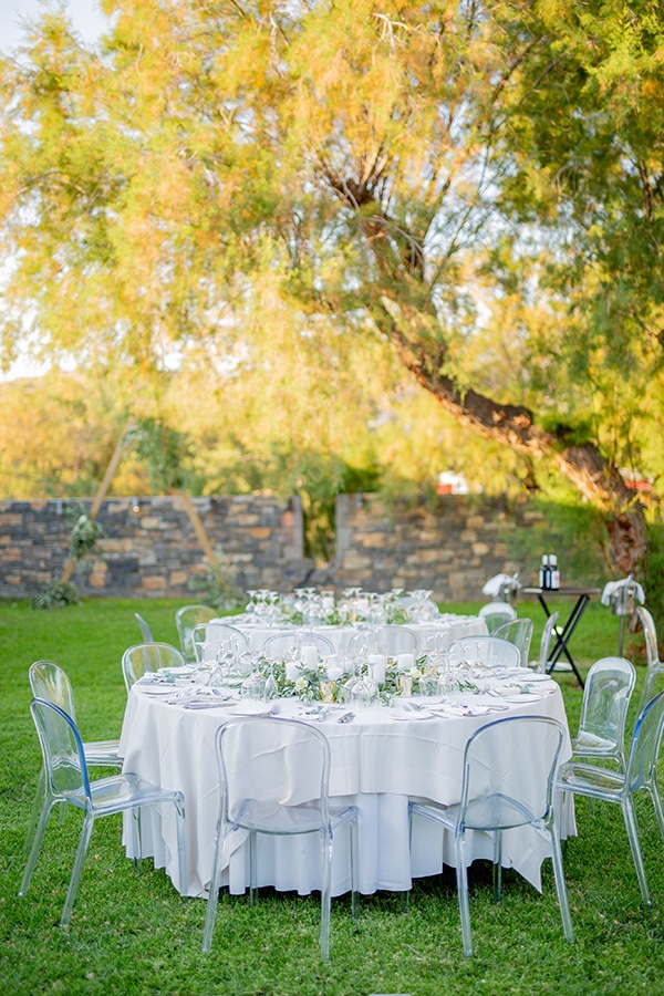 beautiful-wedding-athens-white-flowers-olive_28