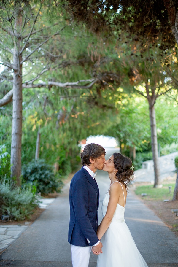 beautiful-wedding-athens-white-flowers-olive_38