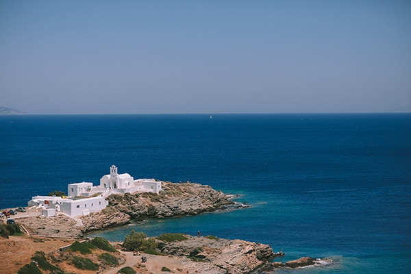 fairytale-summer-wedding-sifnos-impressive-floral-design-sea-view_05