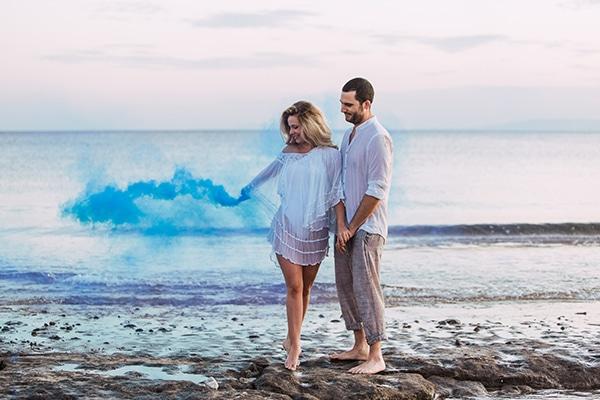 romantic-engagement-shoot-beach_08