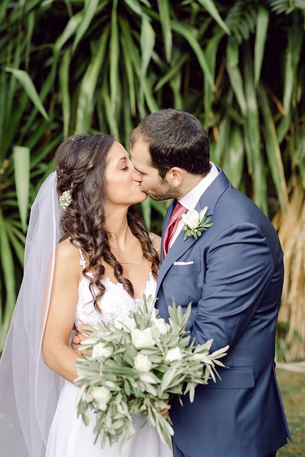 romantic-summer-wedding-athens-olive-brunches_25