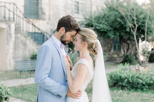 Ρομαντικός καλοκαιρινός γάμος στην Κέρκυρα