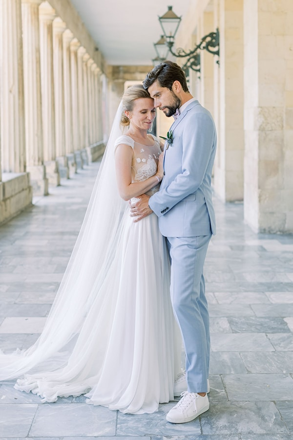romantic-summer-wedding-corfu_03x
