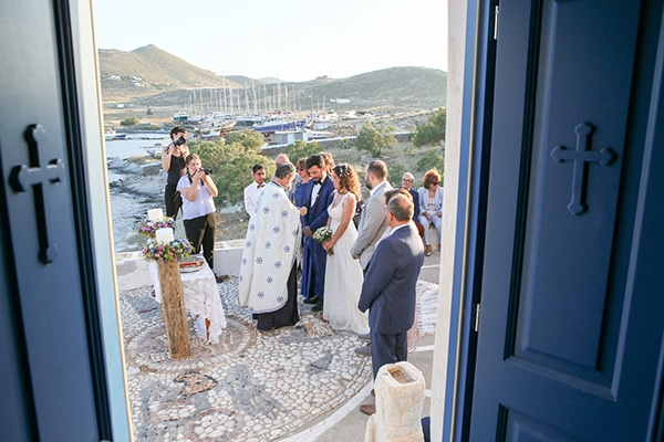 summer-bohemian-wedding-paros-island_18