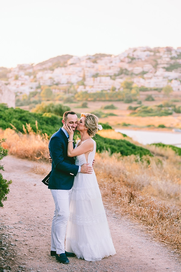 tropical-theme-summer-wedding-dreamy-view-anavisos_01x