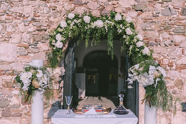 tropical-theme-summer-wedding-dreamy-view-anavisos_13