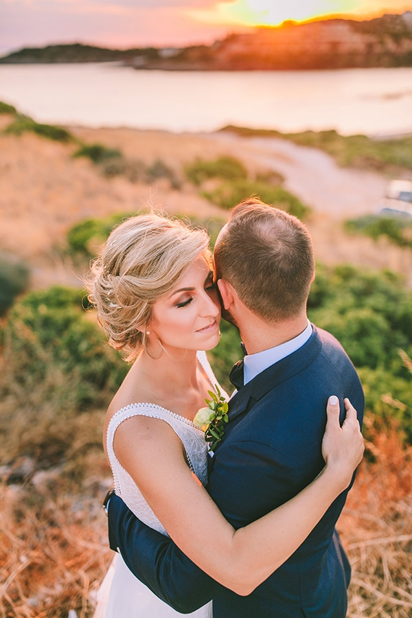 tropical-theme-summer-wedding-dreamy-view-anavisos_30