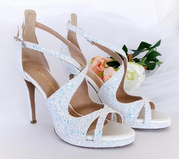 unique-chic-shoes-bridal-look-bilero_08