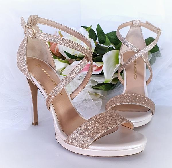 unique-chic-shoes-bridal-look-bilero_09