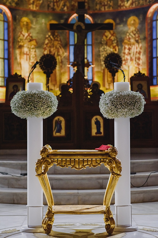 wedding-decoration-gypsophila-candles-gold-details_05