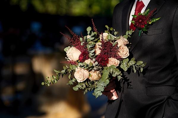 wedding-decoration-ideas-candles-burgundy-hues_07