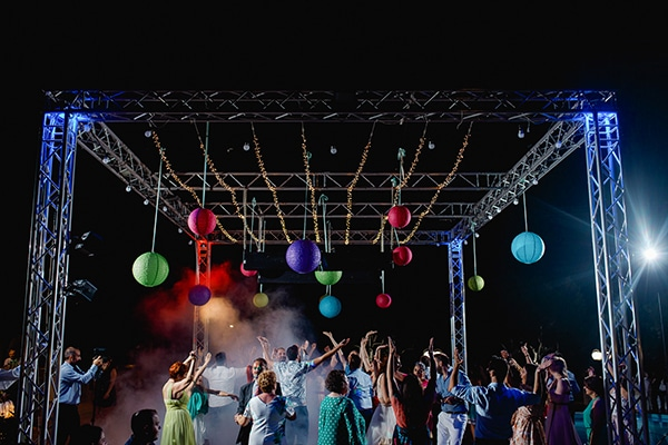 DJ γάμου προτείνουν: Τα καλύτερα τραγούδια για τον πρώτο χορό στο γάμο σας