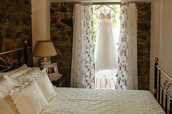 beautiful-summer-wedding-village-rustic-details_04