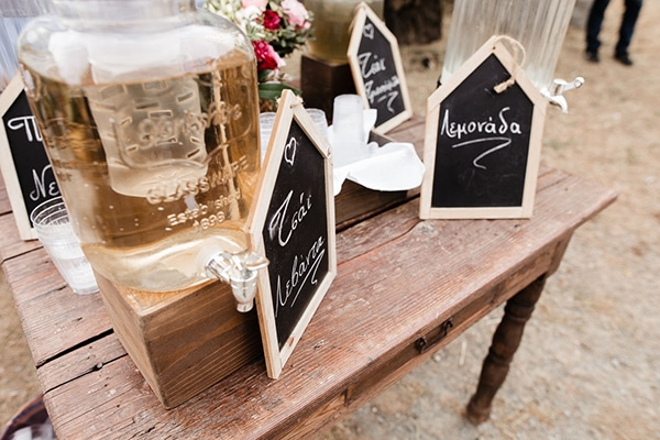 beautiful-summer-wedding-village-rustic-details_12