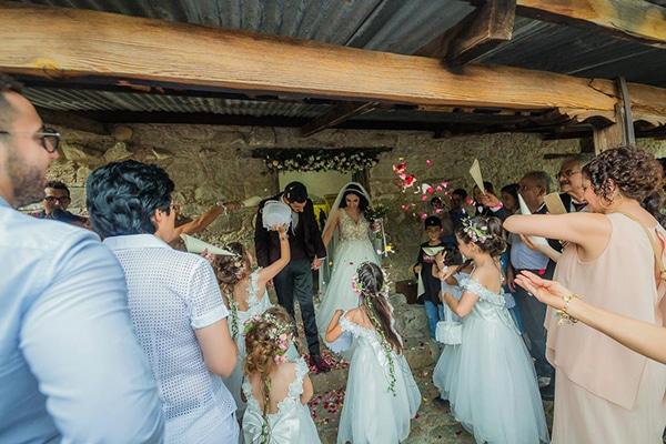 beautiful-summer-wedding-village-rustic-details_14