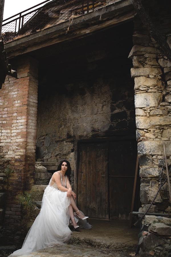 beautiful-summer-wedding-village-rustic-details_18