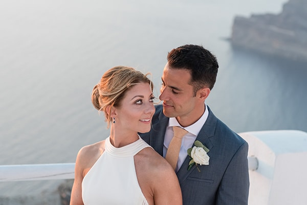 chic-elegant-wedding-santorini-white-florals_25
