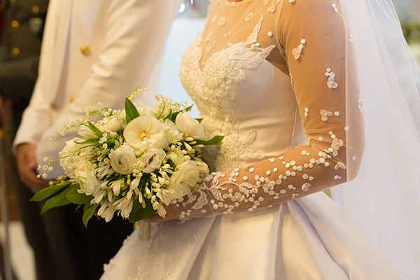 choosing-bridal-bouquet-mistakes-avoid-experts-advice-1