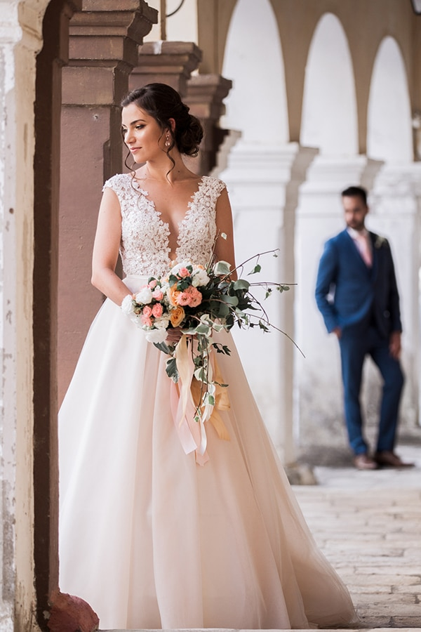 choosing-bridal-bouquet-mistakes-avoid-experts-advice-3