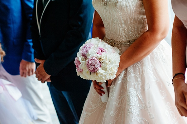 choosing-bridal-bouquet-mistakes-avoid-experts-advice-4