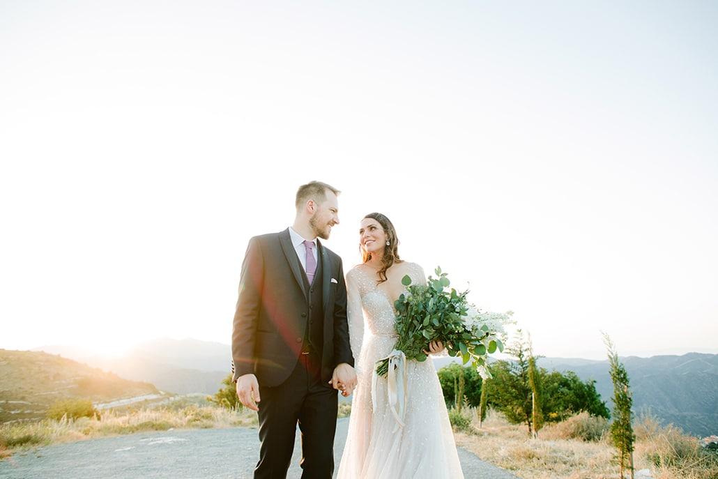 Πανέμορφος ανοιξιάτικος γάμος στα Λεύκαρα με dusty blue λεπτομέρειες | Μαρία & Θωμάς